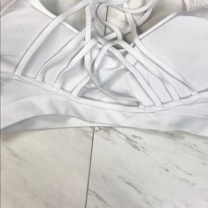 Intimates & Sleepwear - White cross cross sports bra without wire